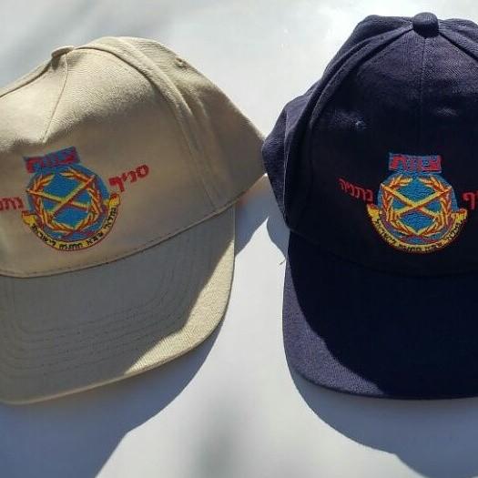 100 כובעי בייסבול רקומים